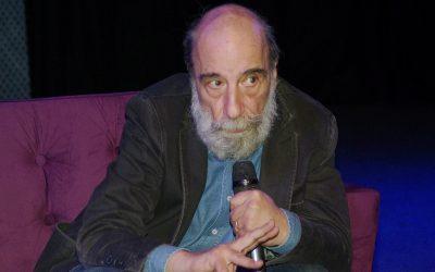 Exposición en GAM,dedicada a la obra del poeta Raúl Zurita