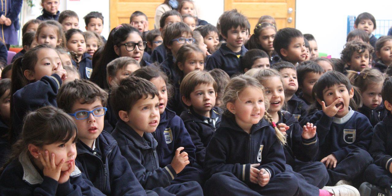 Obra de Teatro Jardín Infantil, en el marco de actividades por el Día del Buen Trato