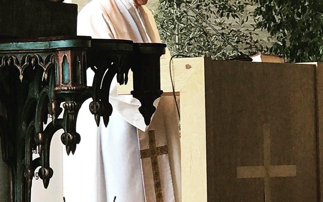 Encuentro del Padre Felipe Berrios S.J, con los IV medios Generación 2020